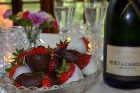 champagne and strawbs