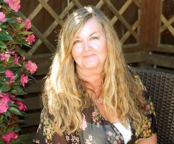 Annette Hannah Author Pic